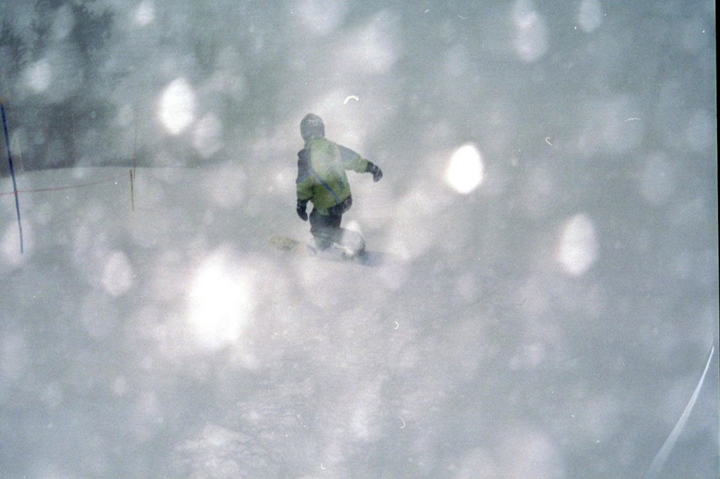 snowboarding-in-bad-weather