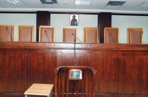 Δικαστές εναντίον κυβέρνησης