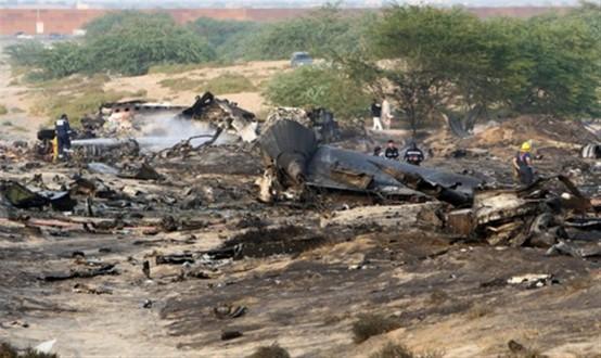 Συντριβή στρατιωτικού αεροσκάφους στην Υεμένη