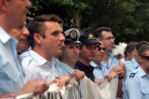 Διαμαρτυρία δασοπυροσβεστών στο υπουργείο Δημόσιας Τάξης
