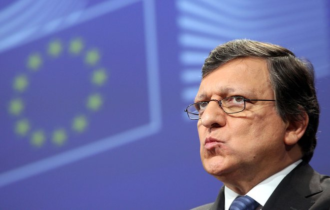 Υπουργείο Οικονομικών της Ευρωζώνη προτείνει ο Μπαρόζο