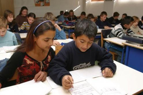 Αντιδράσεις για τη φοίτηση Ρομά σε δημοτικά σχολεία στο Χαλάνδρι
