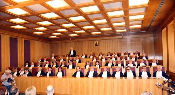Στο ΣτΕ ο νόμος για την προσωρινή αργία δημοσίων υπαλλήλων