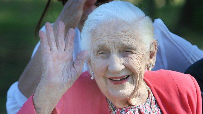 Πέθανε στα 103 της η μητέρα του Ρούπερτ Μέρντοχ