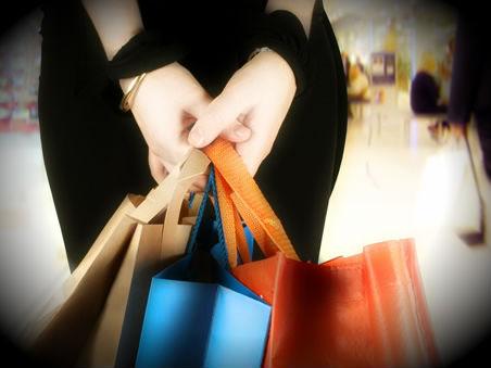 Από 7 έως και 45 Κυριακές ανοικτά τα καταστήματα