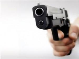 Πυροβολισμοί έξω από γνωστό κλαμπ στη Νέα Ερυθραία