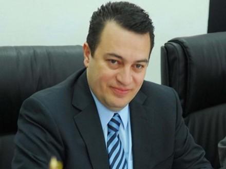 Στους δήμους 110 εκατ. ευρώ για τα προνοιακά επιδόματα
