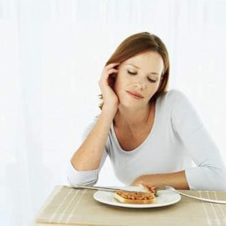 Δίαιτες και light τροφές περιορίζουν τη γονιμότητα