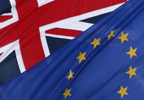Το 53% των Βρετανών θέλουν τη χώρα τους εκτός Ε.Ε.