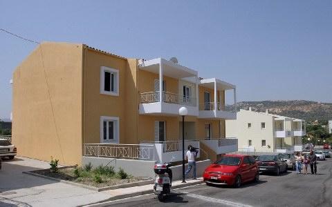 Παραδίδονται 70 εργατικές κατοικίες στην Κρήτη