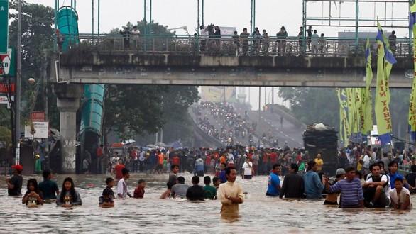 Φονικές πλημμύρες στην Τζακάρτα