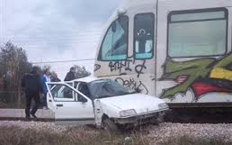Μία τραυματίας από σύγκρουση τρένου με Ι.Χ.