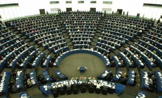 SOS ευρωβουλευτών για την ακροδεξιά