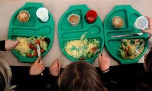 Έρανος για φαγητό μαθητών σε σχολεία