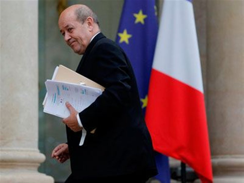 Συνάντηση υπουργών Άμυνας Ελλάδας – Γαλλίας