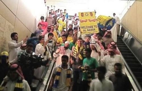 Υποδοχή ήρωα στον Χαριστέα στο Ντουμπάι