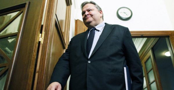 Κυβερνητικό κοστούμι φοράει ο Βενιζέλος