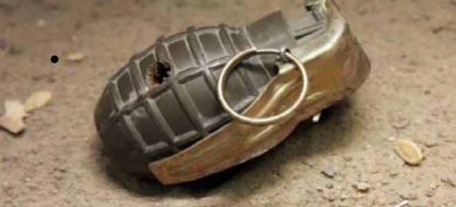 Βρέθηκε χειροβομβίδα σε πεζοδρόμιο στην Καλλιθέα