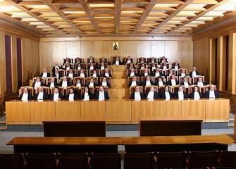 Αρχίζει η «μάχη των αναδρομικών» για τους δικαστές