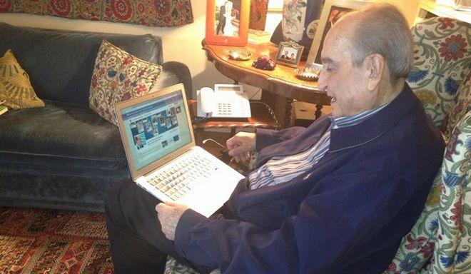 Ο Κ. Μητσοτάκης απαντά σε bloggers