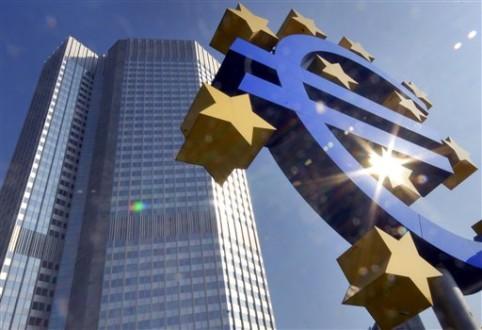 Η ΕΚΤ σκέφτεται να αγοράσει τα μη εξυπηρετούμενα δάνεια του Νότου