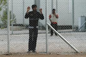 Σεκιουριτάδες στα -μόνιμα- στρατόπεδα συγκέντρωσης μεταναστών