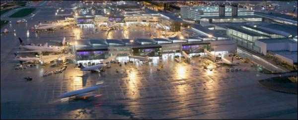 Αυτοκτονία ακυρώνει όλες τις πτήσεις στο αεροδρόμιο του Χιούστον