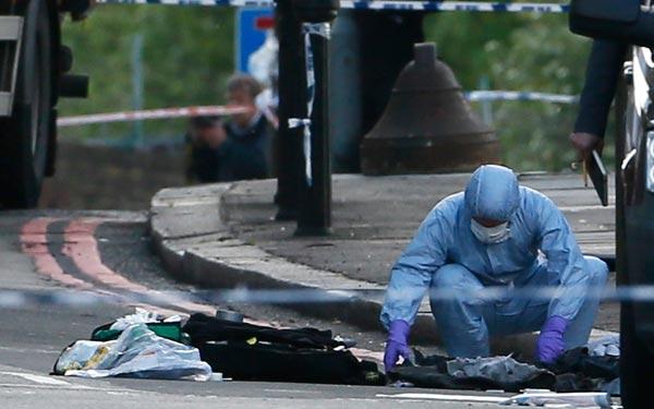 Συνελήφθησαν άλλοι δύο ύποπτοι για τη σφαγή του στρατιώτη στο Λονδίνο