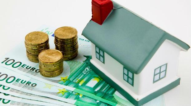 Τι κερδίζουν τα νοικοκυριά από τα χαμηλά επιτόκια