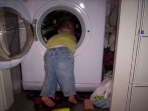 Τετράχρονος ξεψύχησε μέσα σε πλυντήριο