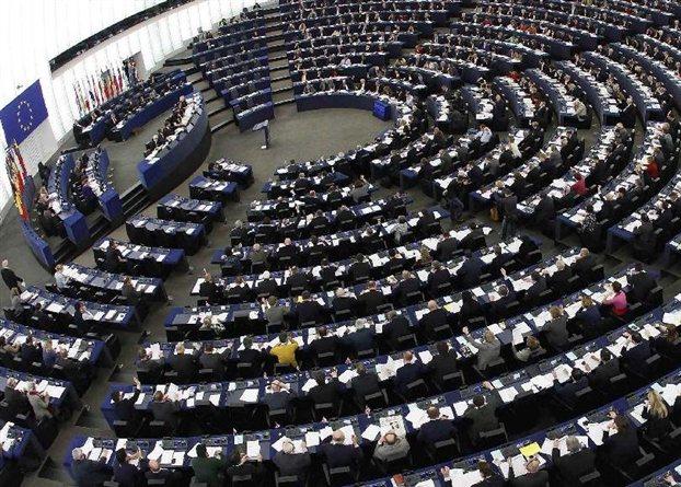 Στην Ολομέλεια του Ευρωκοινοβουλίου το λουκέτο στην ΕΡΤ