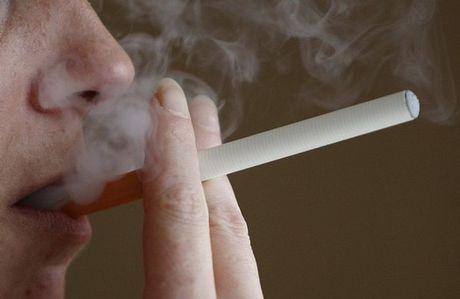 Ιταλία: Κομμένο και το ηλεκτρονικό τσιγάρο