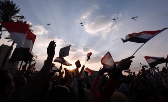 Ο Μόρσι αιχμάλωτος του στρατού - η Αίγυπτος σε κρίση