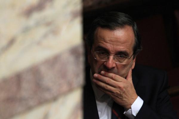 Απεργίες, τρόικα και Τράπεζα Ελλάδος απειλούν το... success story