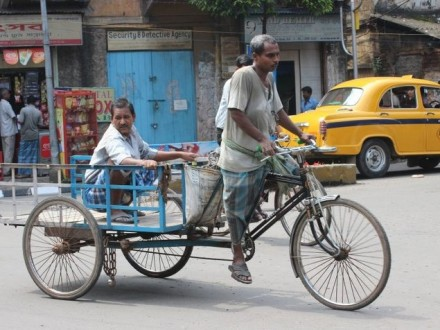 Η Καλκούτα εξορίζει τα ποδήλατα