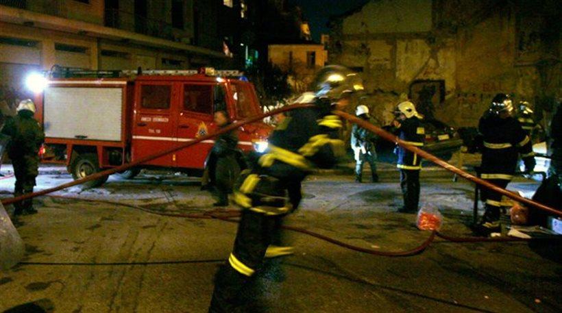 Πυρκαγιά σε εργοστάσιο στο Μενίδι