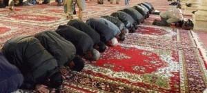 Ακροδεξιός σκότωσε μουσουλμάνο και πυρπόλησε τεμένη