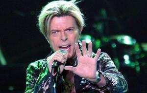 Ο David Bowie είναι το νέο πρόσωπο της Louis Vuitton
