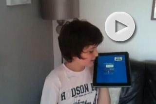 Ένας 10χρονος μιλάει ανάποδα!