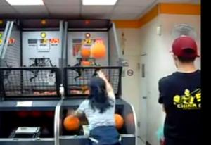 Μικρή Κινέζα «φτιαγμένη» για NBA! (Βίντεο)