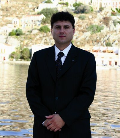 Απίστευτο! Το προξενείο στη Σμύρνη ζήτησε 500 ευρώ για το φέρετρο του νεκρού δασκάλου