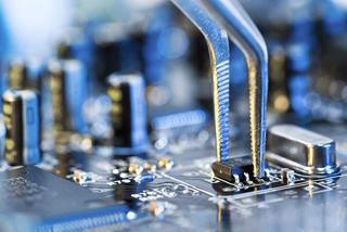 Ένας στους τρεις Έλληνες ενημερώνεται για θέματα τεχνολογίας - επιστήμης