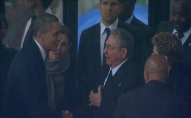 «Τυχαία» η χειραψία Ομπάμα-Κάστρο λένε οι ΗΠΑ