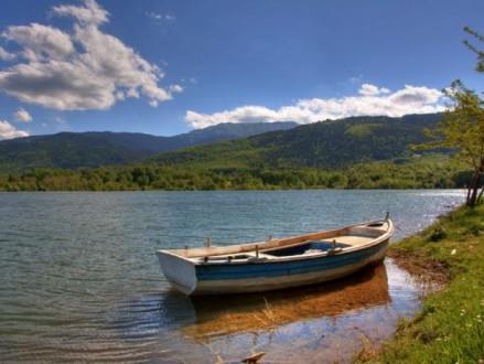 Άκαρπες οι έρευνες για τον εντοπισμό ψαρά στη λίμνη Κερκίνη