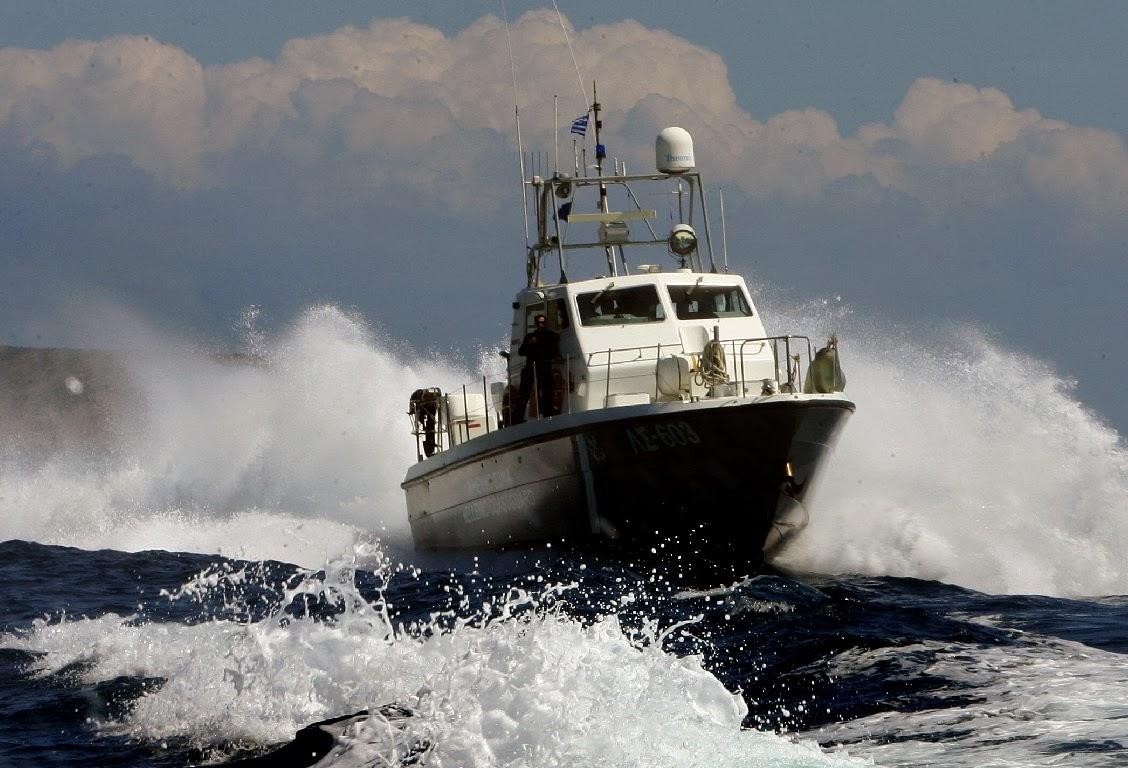 Ακυβέρνητο σκάφος ανοιχτά του Λεωνιδίου
