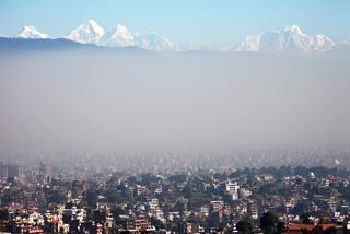 H ατμοσφαιρική ρύπανση πνίγει τη «σκεπή του κόσμου»