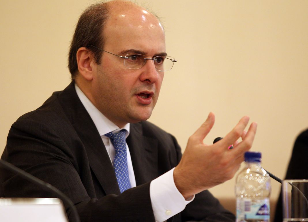Χατζηδάκης: Όχι με κάθε τίμημα η συμφωνία για τους πλειστηριασμούς