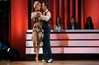 H «καυτή» εμφάνιση της Ελεονώρας στο Dancing (Βίντεο)