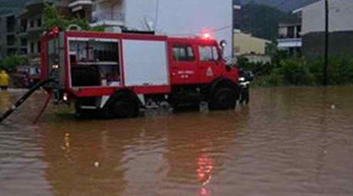Πλημμυρισμένοι δρόμοι και ζημιές στην Κορινθία