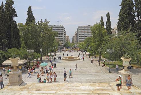 Πόση σημασία έχει η ανάπτυξη στην Ελλάδα, όταν η χώρα εξαθλιώνεται;